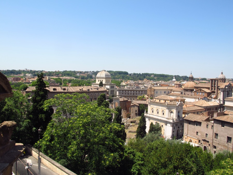 Rooftops of Rome, lunchtime view