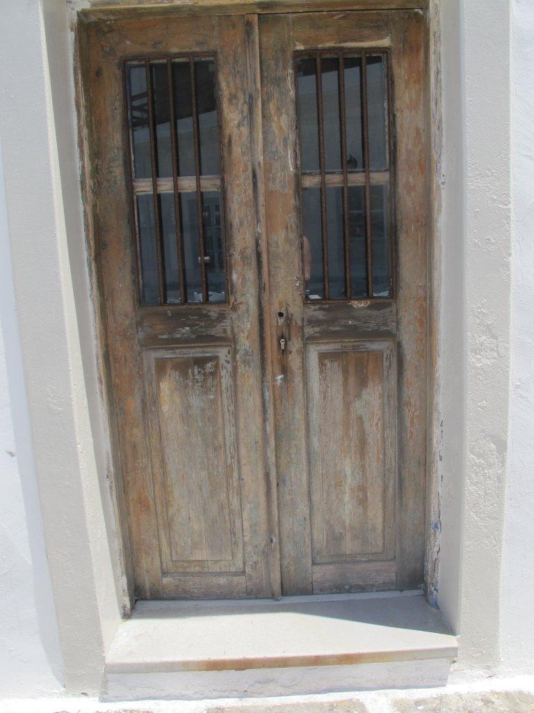 Doors of Paros 9