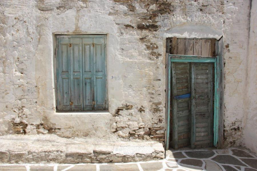 More doors on Paros