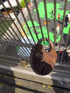 Sylvia's lock, Paris