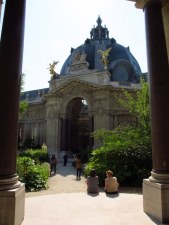 courtyard at the petit palais paris