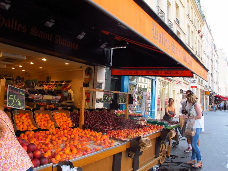 fruit n veg in Paris
