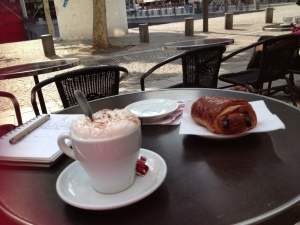 breaky while waiting for the centre pompidou to open