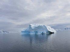 And pretty icebergs