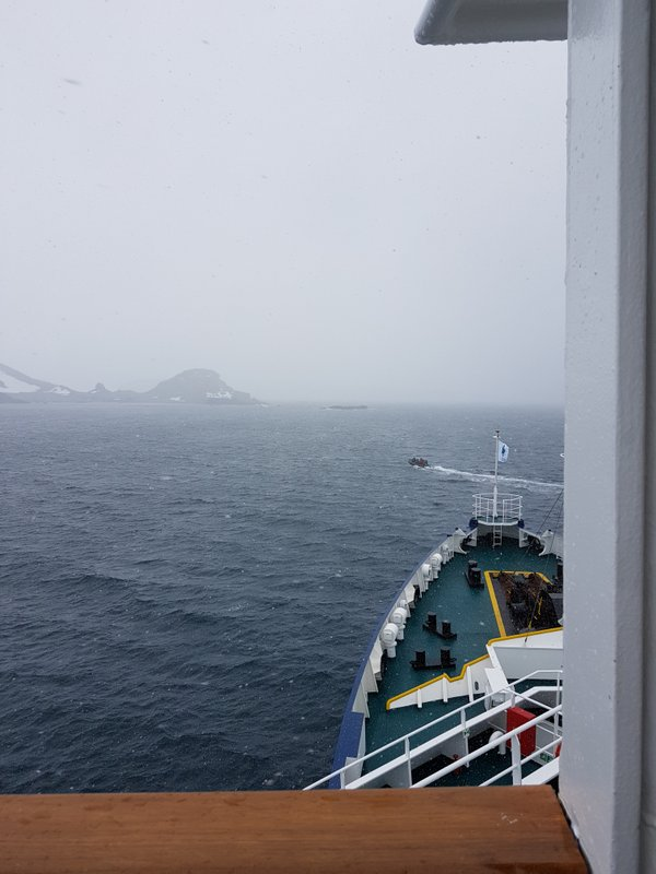 The zodiac going to check out conditions at Robert Island